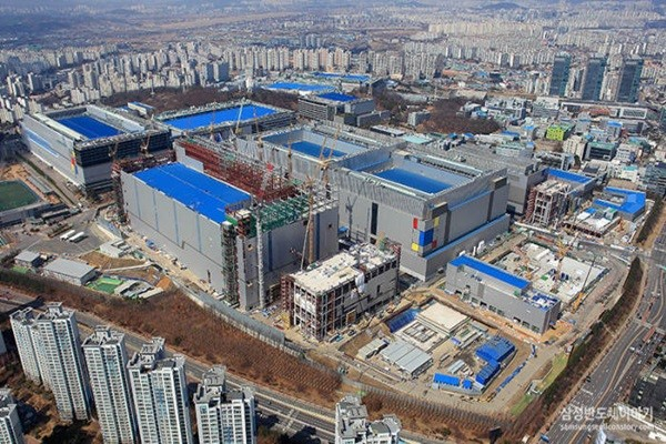 Samsung Electronics' EUV production line in Hwasung Campus (Source: Samsung Electronics)