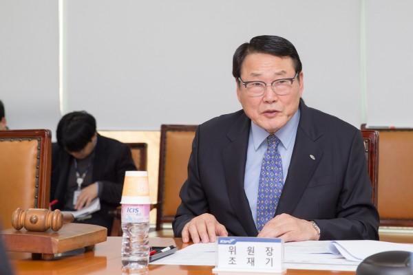 국민체육진흥공단 조재기 이사장이 안전경영위원회에서 발언하고 있다. 사진=공단