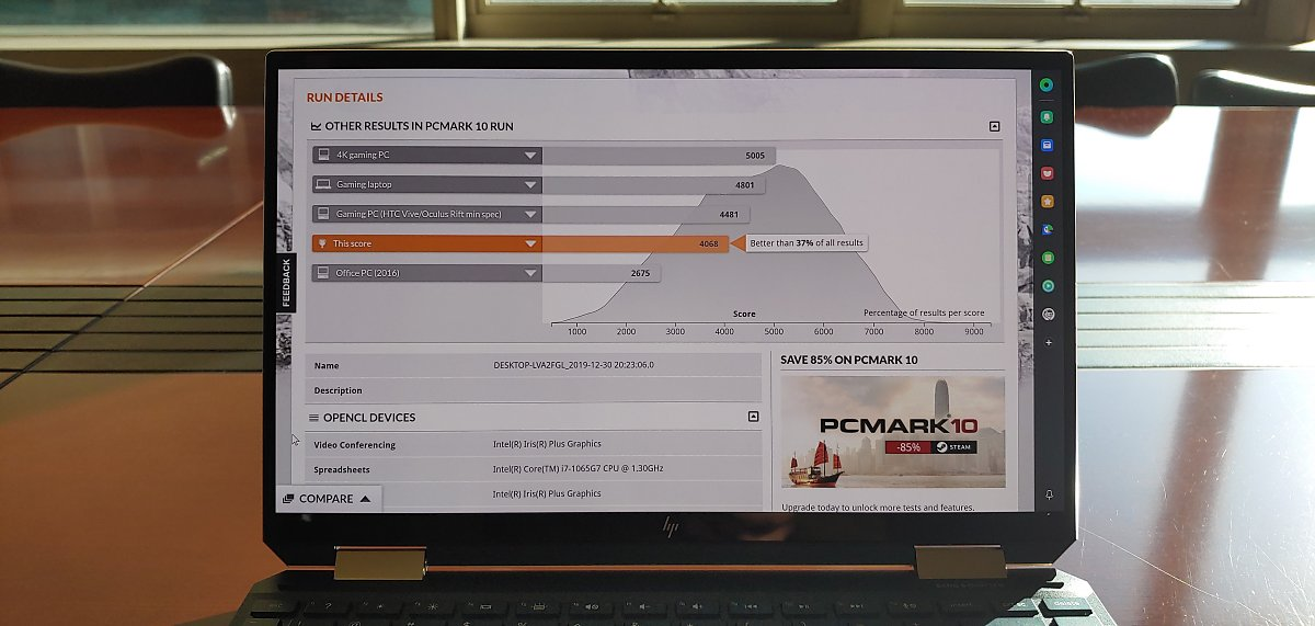 이번에 써본 HP 스펙터 x360 13 모델은 프로젝트 아테나보다 훨씬 높은 사양을 자랑했으며, 게이밍 PC에 거의 근접한 성능을 보여줬다.