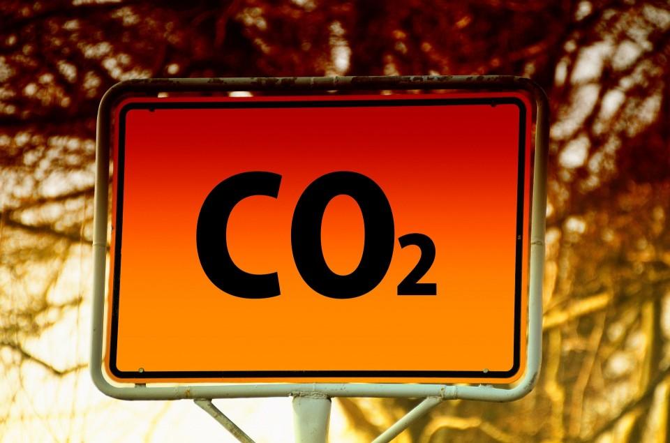 석탄발전 가동 제한조치로 미세먼지 40% 감소 효과