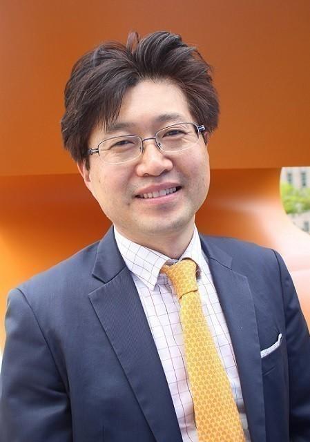 길윤웅 IT전문 잡지 기자
