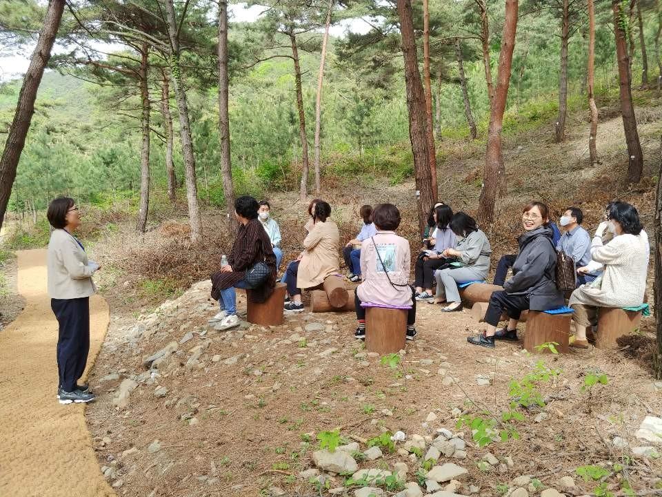 서천군은 개원을 앞둔 '서천 치유의 숲'에서 산림치유 프로그램의 시범 운영에 나선다.(사진=서천군청 제공)