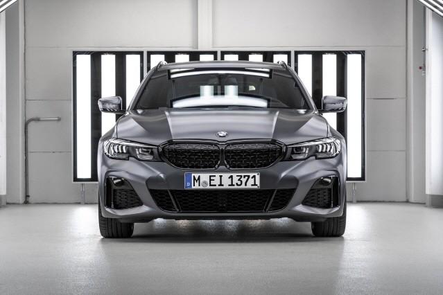 BMW 코리아, 40대 한정판 M340i 퍼스트 에디션 출시