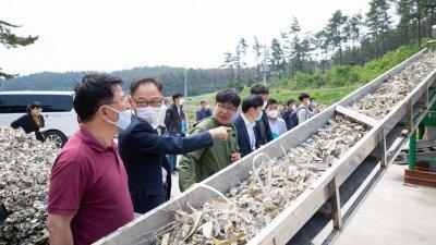 서부발전, 굴패각 재활용설비 정격운전 시행...국내 연안 환경문제 해결 기여 전망