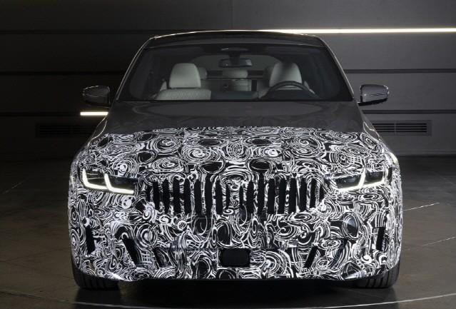 BMW 드라이빙센터, 5시리즈 '월드 프리미어'로 전 세계 '눈길'