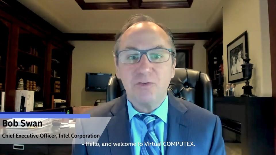 밥 스완 인텔 CEO가 화상 채팅으로 가상 컴퓨텍스에서 메시지를 전하고 있다. [사진=컴퓨텍스 타이베이]