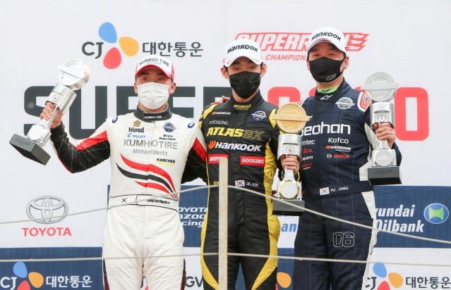 CJ대한통운 슈퍼레이스, 개막전서 한국타이어 '완승'