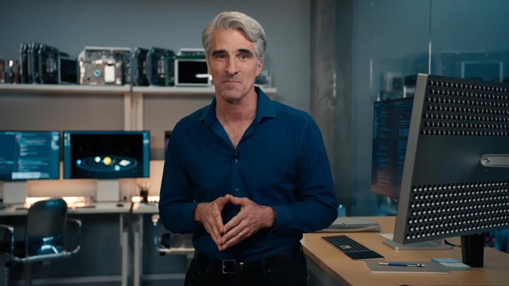 크레이그 페더리기 애플 소프트웨어 엔지니어링 수석부사장이 새로운 맥의 특징을 소개하고 있다. [사진=애플]