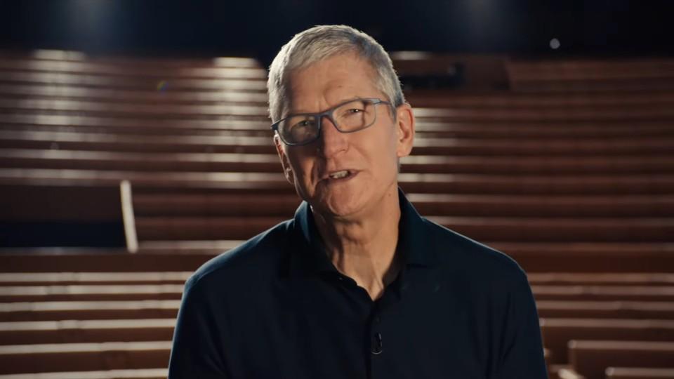팀 쿡 애플 CEO가 WWDC2020에서 키노트 연설을 하고 있다. [사진=애플]