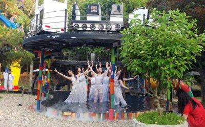 [ET-ENT 발레] 댄스시어터샤하르 '오필리어의 세례식' 야외 공연의 특징을 살린 맞춤 안무