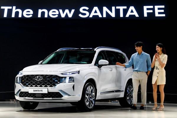 현대차, '더 뉴 싼타페' 출시... 2.2 모델 기준 3,122~3,986만원