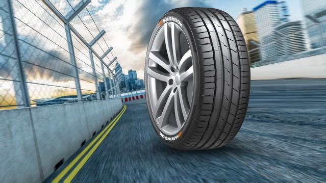 한국타이어, 전기차 레이싱 대회 '포뮬러 E'에 타이어 독점 공급