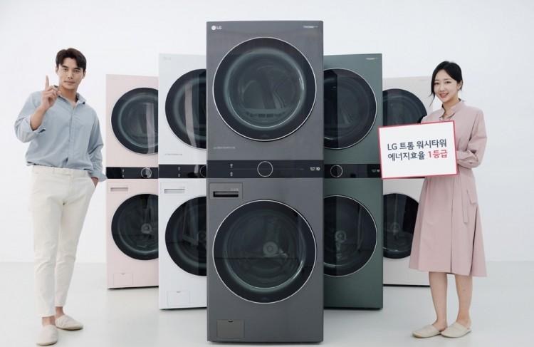LG전자가 3일 세탁기와 건조기 모두 1등급 에너지효율을 갖춘 원바디 세탁건조기 '트롬 워시타워' 신제품을 출시했다. [사진=LG전자]