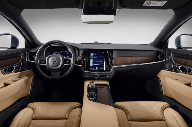 볼보자동차 신형 S90, 사전계약 1000대 돌파