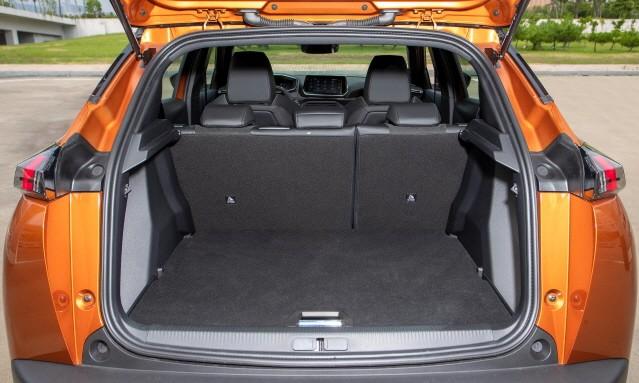 [시승기] 크기 키우고 매력도 키운 '푸조 2008 SUV'