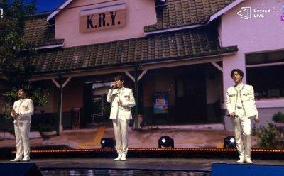 [종합] 슈퍼주니어-K.R.Y., '가슴 따뜻한 감성판타지, 글로벌을 울리다' (Beyond LIVE 콘서트)