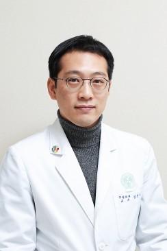 김진우 이대목동병원 구강악안면외과 교수