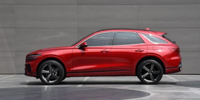 제네시스, 중형 SUV 'GV70' 디자인 공개