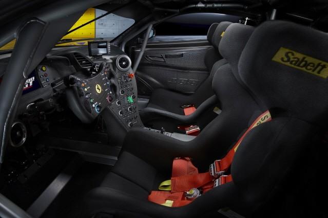 페라리, 강력한 트랙 전용 모델 '488 GT 모디피카타' 공개