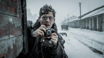 [안치용의 시네마 인문학] 스탈린에게 살해당한 어느 영국인 기자가 복수한 방법, 영화 '미스터 존스'