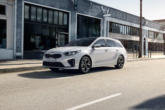 기아 씨드 왜건 PHEV, 스웨덴 전문지 선정 '2021 최고의 차' 수상