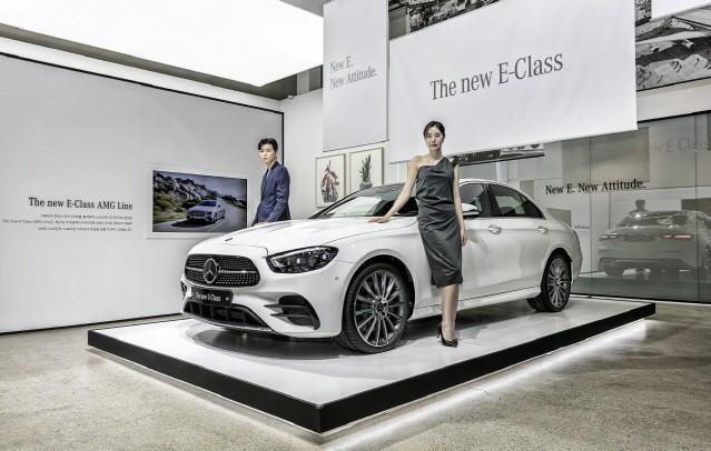 벤츠·BMW, 수입차시장서 신년 초부터 '초접전'