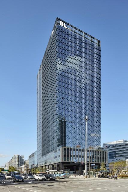 DL 사옥 D타워 돈의문 빌딩 전경
