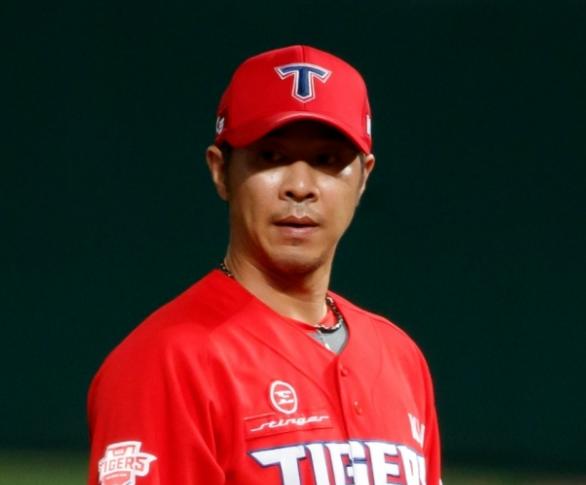 스타티비 'BJ창드'로 데뷔 전 야구선수 임창용, 성황리 첫방 마쳐