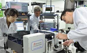 국내 연구진, 세계 최고 수준 `펨토초 레이저` 개발