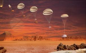태양계 최대 위성에 착륙하던 날