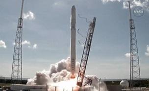 스페이스X 로켓 공중 폭발…우주 프로젝트 차질 생기나