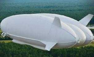 첫 출항 나선 세계 최대 92m 비행선