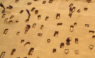무슨 일이…中서 2000년전 어린이 무덤 대량 발견