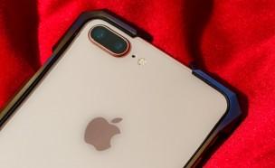 아이폰8보다 갑절 비싼 티타늄 아이폰 케이스 등장