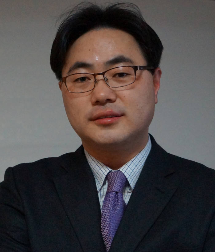 [CIO BIZ+/예비역 병장 신혜권의 미래전읽기]사이버전쟁이 미치는 영향
