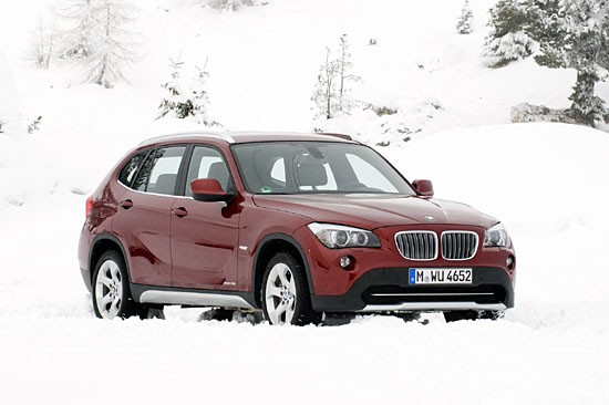신형 엔진 탑재, BMW X1 xDrive28i