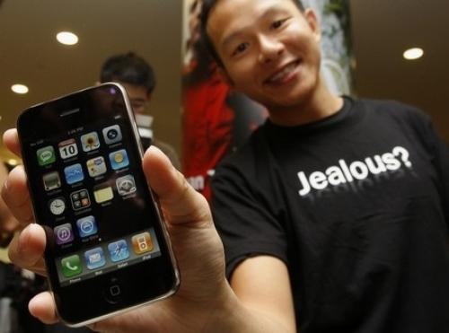 가장 먼저 아이폰 3G를 구입한 홍콩 사람