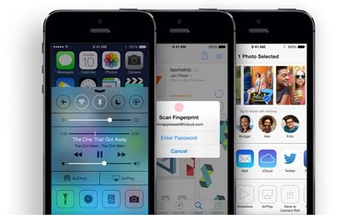 <center>▲ iOS 7</center>