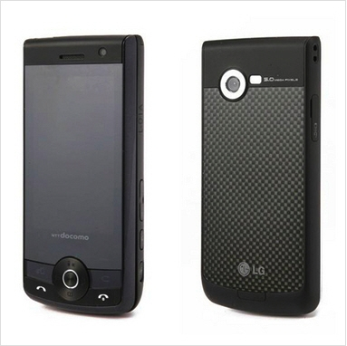 작년 말에 출시된  L-01A. '시크릿폰'을 베이스로 일본 시장에 맞게 커스터마이징 된 모델로 사실상 이 모델부터 LG저팬모델의 시작이라고 할 수 있다.