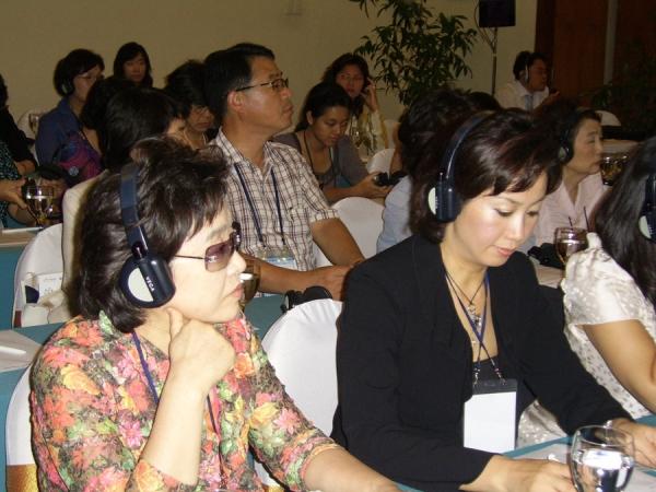 지난해 산자부와 아태여성정보통신원이 공동 주최해 베트남에서 열린 'APEC 여성 디지털 경제포럼'의 한 장면.
