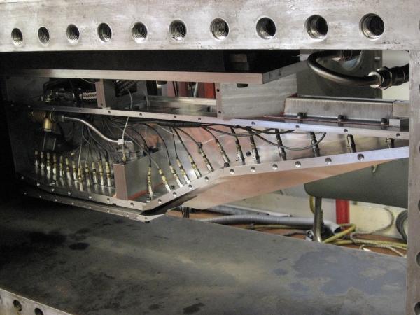 독자설계를 통해 초음속 연소시험에 성공한 항우연의 스크램제트 엔진 시험모델 장착모습. 시험은 호주에서 실시했다.