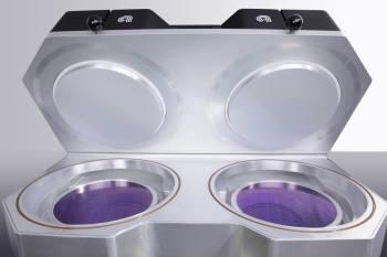 어플라이드에서 출시한 FCVD 장비. 20나노 이하의 반도체 미세공정을 처리할 수 있는 새로운 개념의 화학증착장비다.