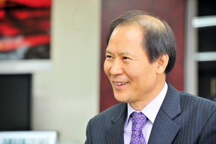 한국인정지원센터 대표에 조기성 전 한국화학융합시험연구원장 취임