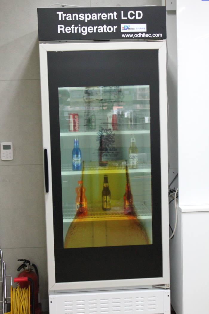 오디하이텍, 동영상 광고 겸용 업소용 투명냉장고 출시