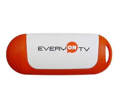 에브리온TV가 지난 2월 출시한 한국형 크롬캐스트 `에브리온TV 캐스트`