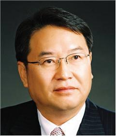 서울대학교 공과대학장 이건우교수