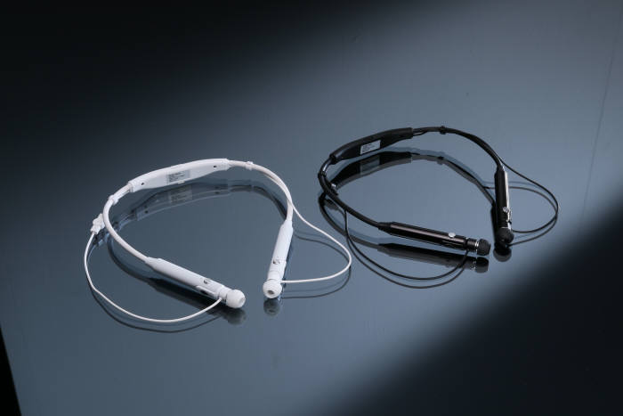 [이버즈리뷰] 크립스기술 넥밴드 청아플러스 'VA-K5'