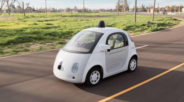 구글이 개발중인 운전사없는 자율주행자동차. 사진=구글