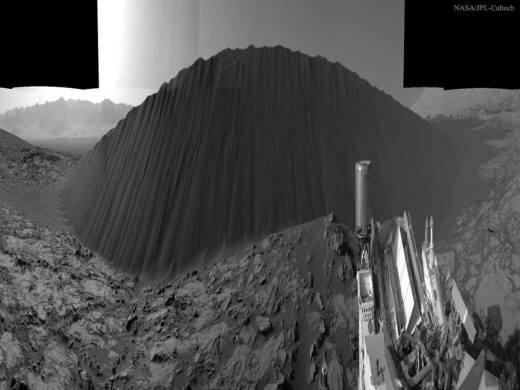 큐리오시티가 촬영한 화성 `나미브 언덕(Namib Dune)`