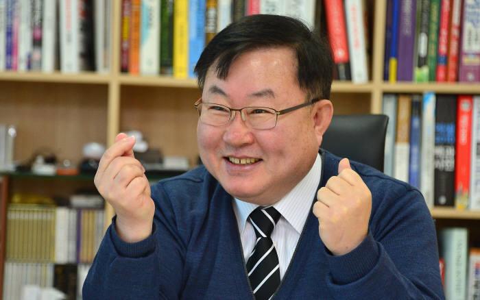 """[최고를 향해 뛴다] 이디앤씨 """"4년 연속 'PADS' 리셀러 판매 세계 1위"""""""